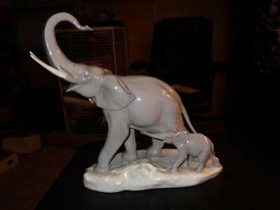 2  ELEPHANTS LLADRO PORCELAIN FIGURINE SPAIN #1151 1979 Signed