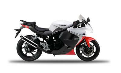 Hyosung GT125R 125cc R Supersport motorcycle sportsbike learner legal
