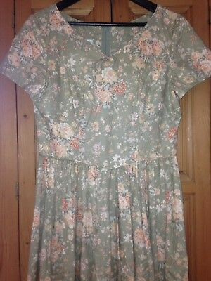 LAURA ASHLEY - Beautiful Floral Vintage Cotton Dress -14/16 UK (made in the UK)