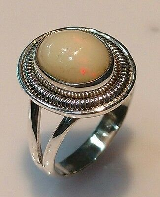 925 STERLING SOLID SILVER 6 gm RING SIZE 7.5 NATURAL FIRE OPAL NATURAL 7X9 MM