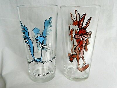 1973 Pepsi  Warner Bros Road Runner and Wile E Coyote Beverage Glass