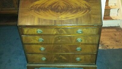 Edwardian inlaid Bureau / Writing Desk With Drawers Waring & Gillow
