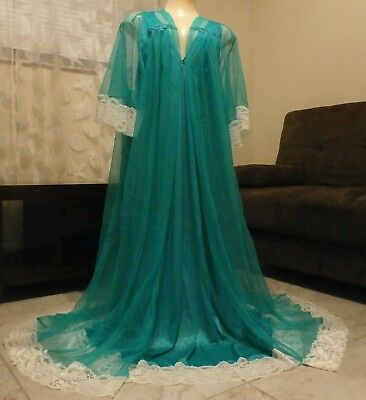 """Beautiful Lacy Nylon Nightgown & Sheer Peignoir/robe Set--3X--Bust 44 To 50"""""""