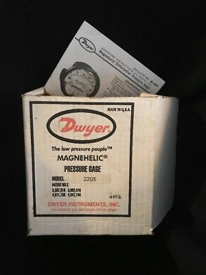 Dwyer Magnehelic Differential Pressure Gauge 2205 New in Box
