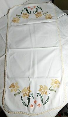 Vtg Cotton Table Runner Cross Stitch Golden Yellow Daffodil accent Lace Handmade