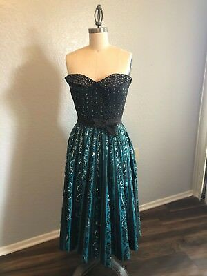 1950s MEXICAN SEQUINS TOP AND SKIRT SET