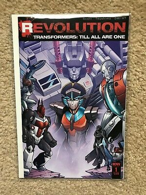 IDW  REVOLUTION - Transformers: Till All Are One  Book 1  NM