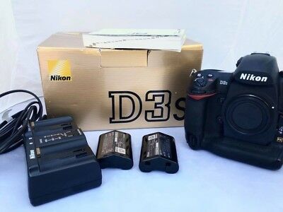 Nikon D3s Professional Ultra-speed and Sharp Camera. Mint Condition.