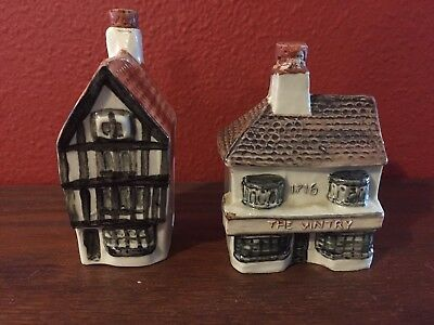 Dewars Scotch Whiskey Houses Vintry 1716/Old Shop-Shambles Decanters Bar Ware