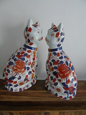 imari cats hand painted pair antique large 2 cat Japanese signed Chinese art