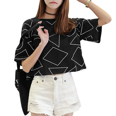Women Round Neck Short Sleeves Geometric Prints Loose Fit Cropped Tee