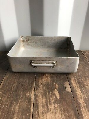 Vintage Small Rectangle Galvanised Chicken Feeder , Bowl ,Retro Shabby Chic Prop