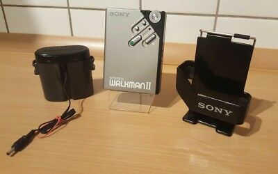 Sony Walkman Wm 2 Mit Belt Clip Holder Und  Battery Case.
