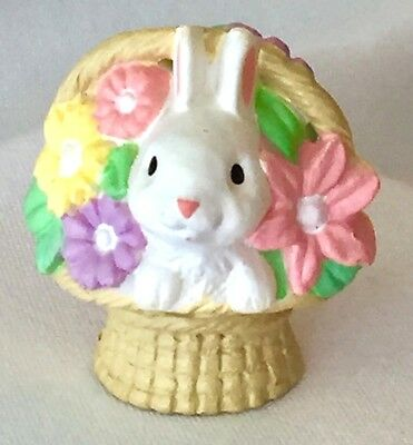 VINTAGE Hallmark 1984 MERRY MINIATURE WHITE BUNNY in BASKET Reversible EASTER