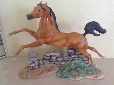 Collectable Porcelian  Horse Statue-King Of The Wind By Pamala De Boulay