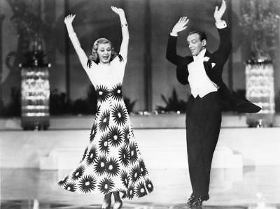 FRED ASTAIRE & Ginger Rogers dance in