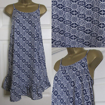 208d6777359 NEW M S Marks   Spencer Strappy Sun Dress Swing Beach Floral Navy White ...