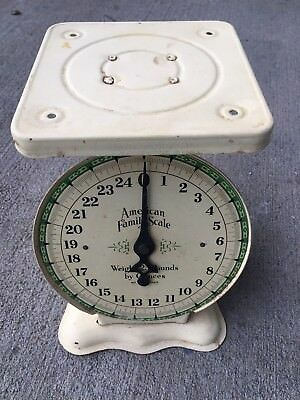 Vintage American Family Scale 25 Pound Pale Yellow - Works Perfect- Rare