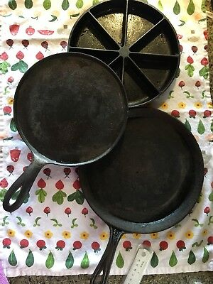 Lot of 3 VINTAGE CAST IRON 1 CORNBREAD PAN 2 ANTIQUE GRIDDLES with Gate marks