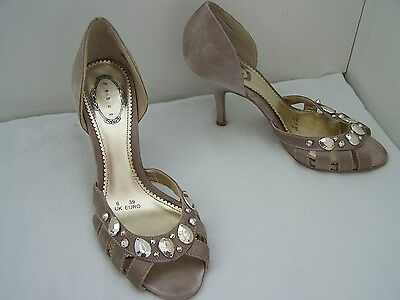 1722aed177ce DEBUT WIDE FIT Peep Toe Wedding Shoes Size 6 Ivory - £8.50