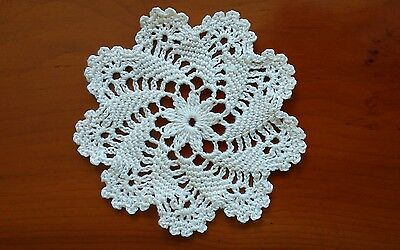 "Pinwheel Pattern Coaster Mat Doily 4"" Crochet Cotton in White"