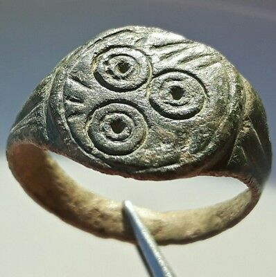 CELTIC Bronze RING ** THREE CIRCLES OF LIFE ** UNIQUE & RARE !!