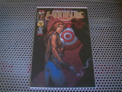Witchblade : Issue #40 (Gold Foil Variant)