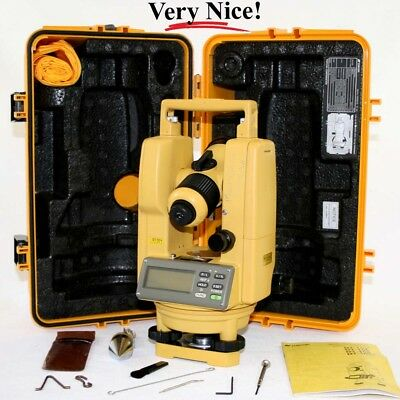Topcon DT-104 Electronic Engineering / Surveying Digital Theodolite and Case