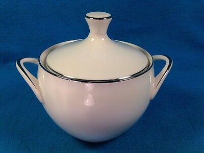 Style House Fine China Platinum Ring Sugar Bowl with Lid Made in Japan