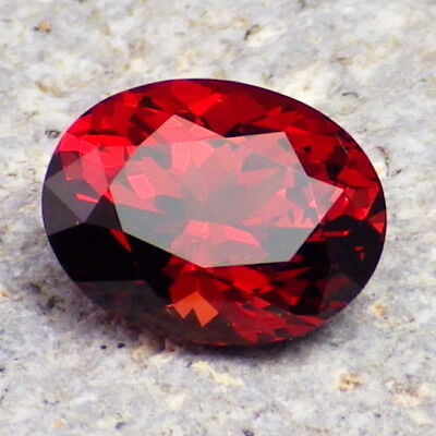 MALAYA PYRALSPITE GARNET-E. AFRICA 2.96Ct CLARITY VVS2-INCREDIBLE COLOR-RARE!