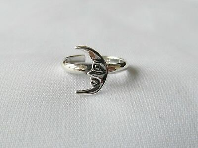 Sterling  Silver  (925)  Adjustable  Quarter  Moon  Toe  Ring  !!        New !!