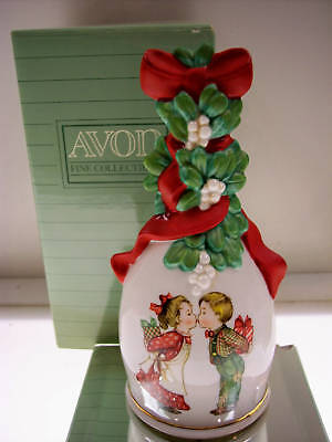 Avon PORCELAIN BELL Under the Mistletoe 1989 XMAS NIB *FREE SHIP