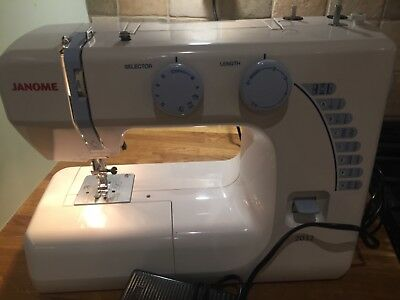 JANOME 40 SEWING Machine Usedonly A Few Times £4040 PicClick UK Best Janome Sewing Machine 2032