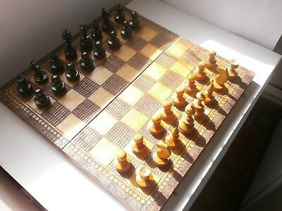 ANTIQUE VINTAGE HAND MADE WOODEN CHESS AND BACKGAMMON GAME BOARD - 1950s