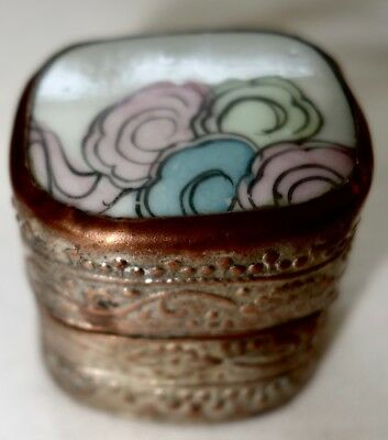 Vintage Pill / Ring Box- Shard / Fragment Tile made from old Chinese porcelain