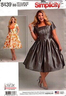 Simplicity Sewing Pattern 8439 Misses Womens Dress Sewing Pattern Size 20W-28W