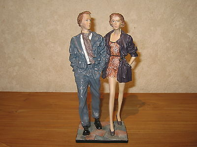 "*NEW* Posture Figurine Couple ""Going Out"" H.25cm Décor Elisa"