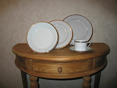 PHILIPPE DESHOULIERES *NEW* LAURIER OR 6047 Set 3 Assiettes + 1 Tasse