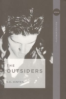 The Outsiders by S E Hinton  a paperback book FREE USA SHIPPING se