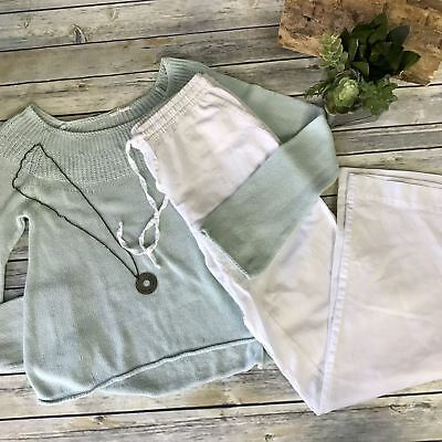 3 Pcs Women's Lot Casual Spring Outfit Green Sweater, White Pants, Necklace Size