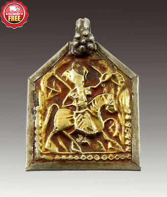 IAntique Indian Tribal Gold & Silver Amulet Pendant Hindu God Figure. G10-80