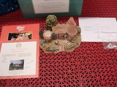 """Lilliput Lane Limited Edition #2102 """"Harvest Home"""" 1997 w/Booklet, COA and Box"""