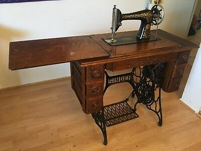 1910 SINGER TREADLE Sewing Machine with Cabinet Model 66 SN:G211652