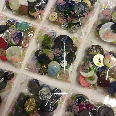 30g bags of vintage mixed buttons
