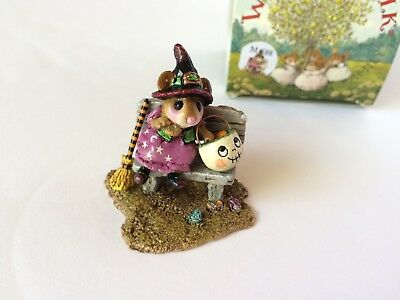 Wee Forest Folk M-588 TIME OUT FOR TREATS, Newly Retired - Brand New