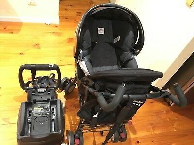 Britax Safe N Sound capsule with stroller