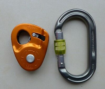 Petzl Micro Traxion Pulley - self lining, rescue, pulley.
