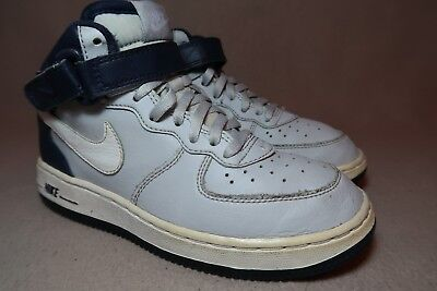 72231b5074 NIKE AIR FORCE 1 '82 MID GS Junior White Hi top Leather Trainers UK ...