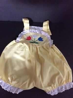 Vintage Samara Girls Yellow Romper Tulips Applique Lace Trimmed NEW CONDITION