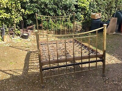 """Antique solid brass bedstead. Double 4'6"""" wide"""